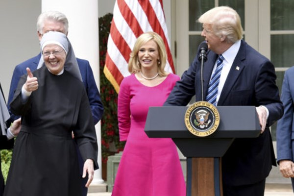 Paula White Says she Called for 'all Satanic Pregnancies to Miscarry,' While 'praying Ephesians 6:12'