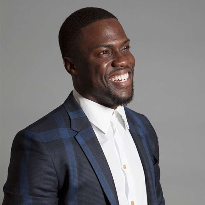 Kevin Hart Honors God at People's Choice Awards, His First Public Appearance, Since Near-Fatal Crash